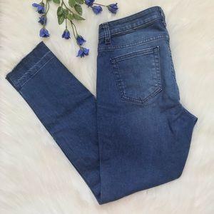Michael Kors Izzy Skinny Frayed Hem Mid Rise Jeans